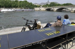 Les-Berges-De-la-Seine-Backgammon-Paris